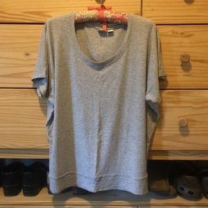 XL Lucy & Laurel Short Dolman Sleeve T-shirt